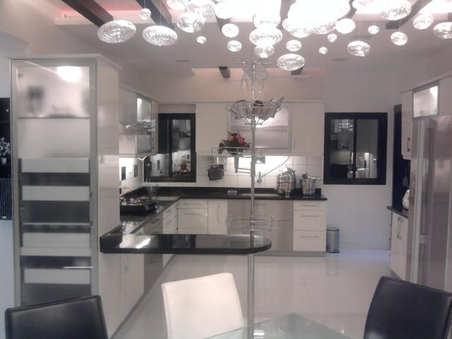 Indian kitchen with a modern touch modern-kitchen