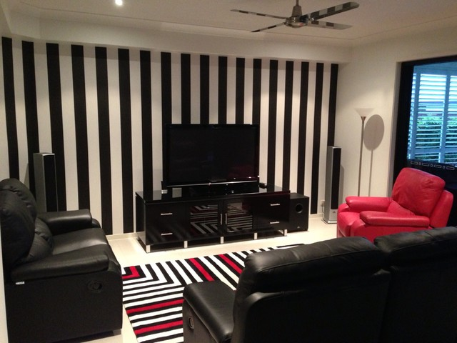 Black and white striped wallpaper brisbane for Striped wallpaper living room ideas