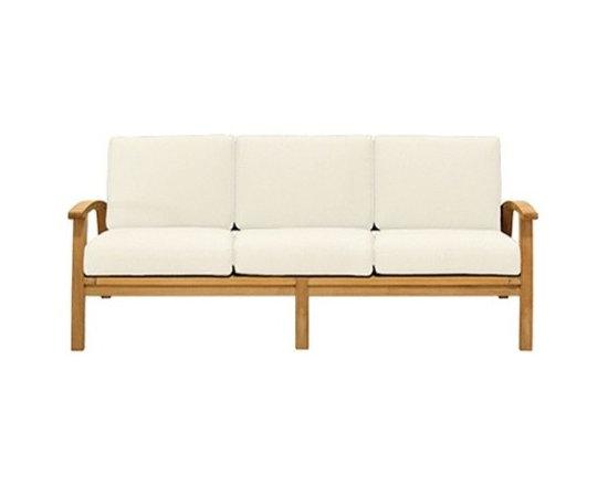 Mamagreen - Mamagreen | Kenya 3 Seater - Design by Vincent Cantaert & Barbara Widiningtias.
