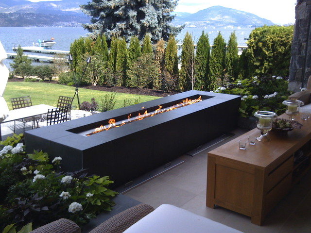 Custom Outoor Fire Feature modern-patio