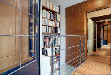 MAISON PARTICULIERE A PARIS contemporary-bedroom