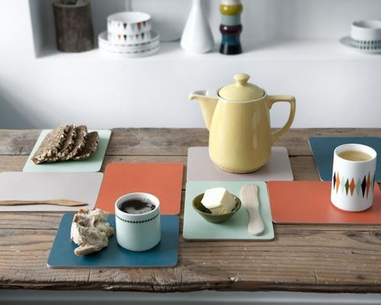 Ferm Living Buttering Board - Brick by brick you can build up the table using the colorful and practical Buttering Boards by Ferm Living. You will absolutely love this retro product, they are perfect plates for a quick snack, for lunch or for breakfast – you can even use them as coasters for hot pots and pans.