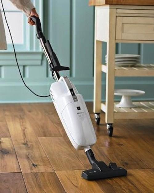 Miele 3-in-1 Stick Vacuum contemporary-vacuum-cleaners