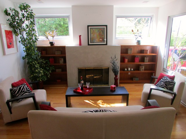 Los Angeles Occupied Home Staging contemporary-living-room