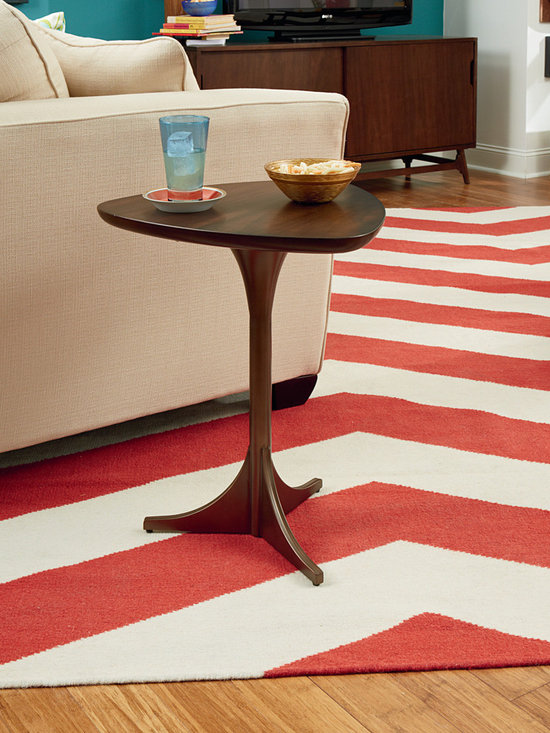 Triangle Side Table - Mila by Hammary -