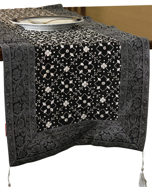 table Table Kitchen Linens Runners / / / Table Kitchen  videos Products / Tabletop runners &
