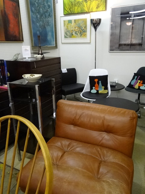 Mid Century Modern Furniture, Interiors and Collectibles midcentury