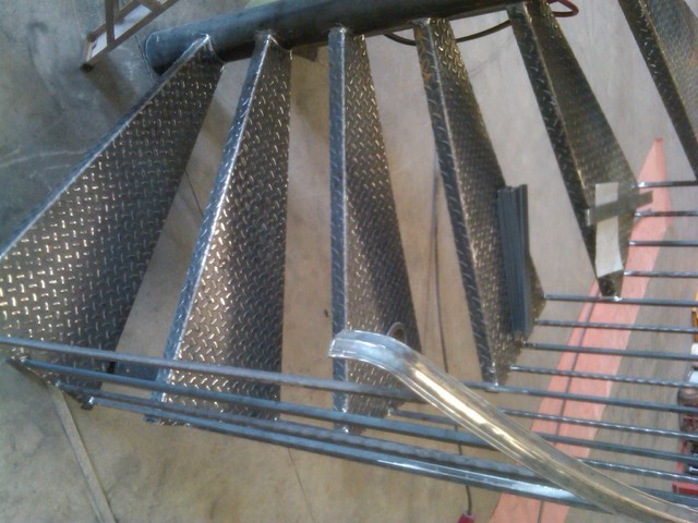 Spiral staircase metal stairs contemporary outdoor for Aluminum spiral staircase prices