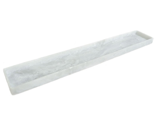 Martha Sturdy - Martha Sturdy resin long tray in white marble - With an international reputation in art, sculpture and design, Martha Sturdy is known for her distinctive style that is sophisticated, minimal and bold. Martha creates oversized statements in resin, steel and brass. Made in Canada, her work represents three decades of artistic evolution.