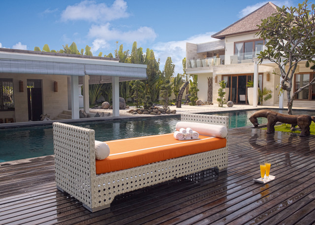 2013 Catalog patio-furniture-and-outdoor-furniture
