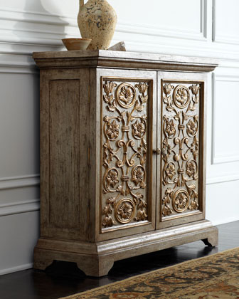 John-Richard Collection Amelia Chest traditional-dressers
