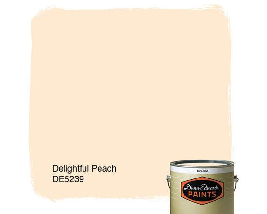 Dunn-Edwards Paints Delightful Peach DE5239 -
