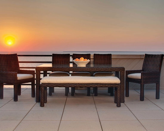 Lloyd Flanders Contempo Dining Table and Chairs - The Lloyd Flanders Contempo dining collection boasts clean lines for an intimate and contemporary outdoor dining experience.
