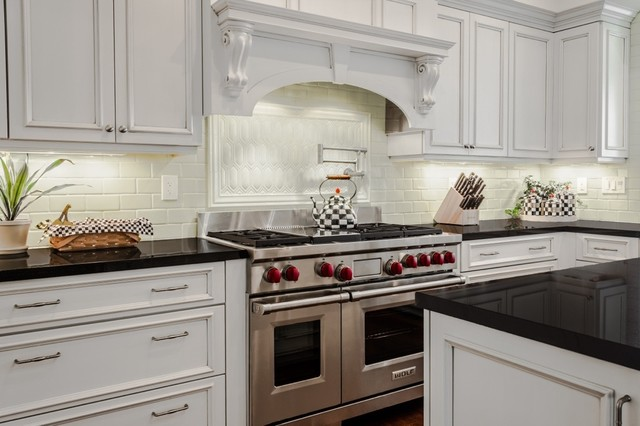 Frameless Cabinetry By Malcolm Thomas Traditional Kitchen Cabinets