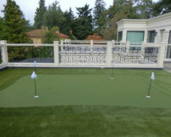 Backyard and Deck Putting Greens -