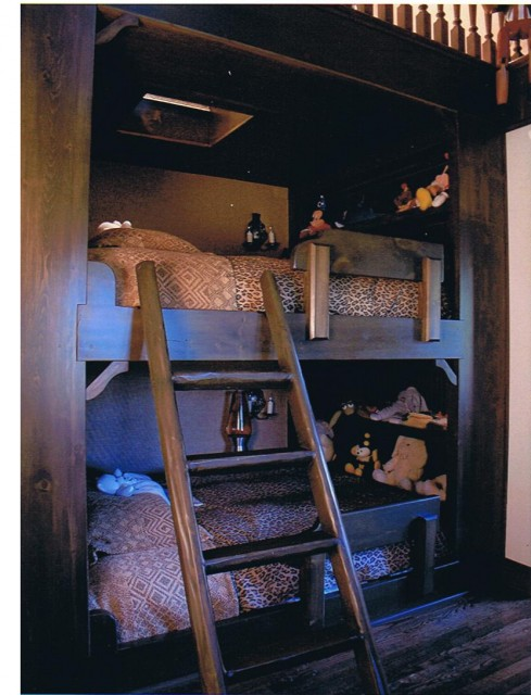 Lake Forest - built-in-bed rustic-kids