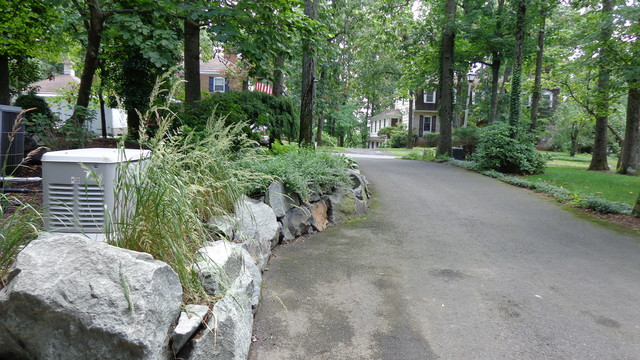 Natural Stone Wall rustic-landscaping-stones-and-pavers