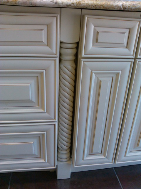 Cream Maple Glaze RTA Cabinets - Traditional - chicago - by ...