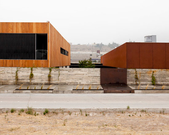 Garapa siding and flooring and Gracia Studio | Culinary School Mexico -