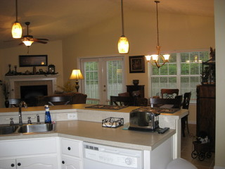 Living room dining room kitchen combo living room for Living room kitchen combo decorating ideas