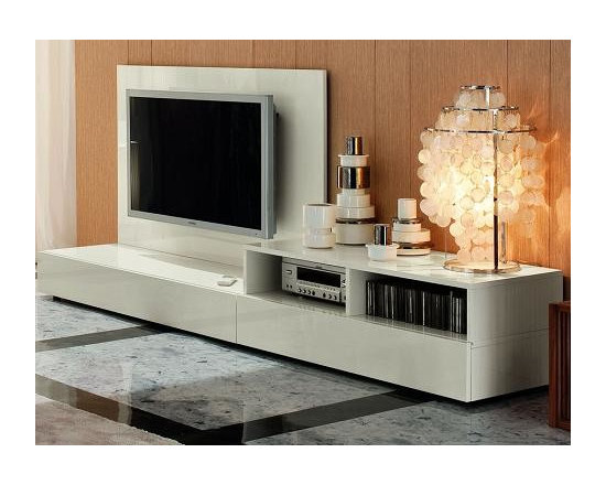 Important Features To Consider Before Buying A New TV Stand - Important Features To Consider Before Buying A New TV Stand - http://www.homethangs.com/blog/2013/09/important-features-to-consider-before-buying-a-new-tv-stand/