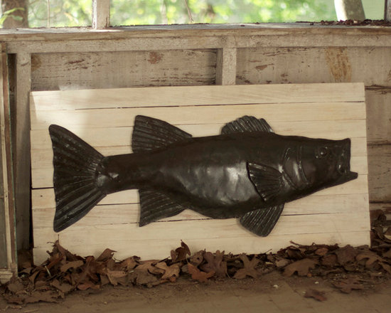 White-Washed Wooden Slat Board - The one that didn't get away! A rustic iron catch of the day is mounted on white washed slatted wood. Your story is that he was such a fierce competitor you had him bronzed! Forty inches long… the board, not the fish, but nice try.