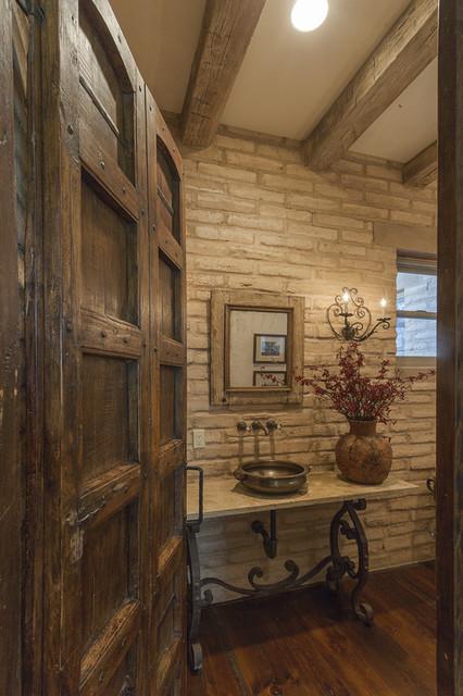 Arizona Homestead traditional-bathroom