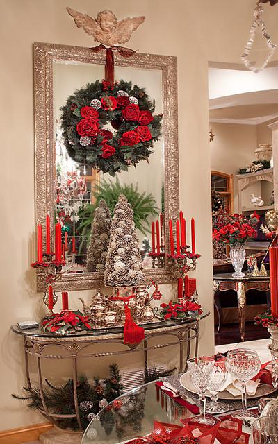 Christmas decor mediterranean dining room chicago for Christmas dining room table decoration ideas