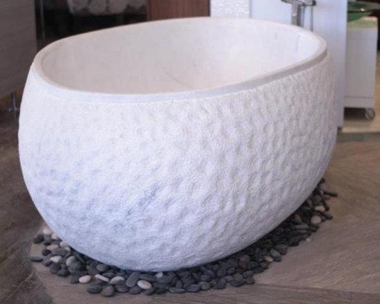 Bathtub - Solid marble freestanding bath tub