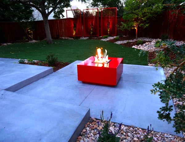Modern natural gas fire pit cherry red contemporary for Red landscape architects