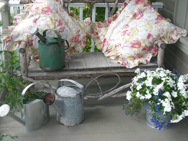Hope Designs rustic-porch