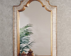 About BassettBassett Mirror Company Inc. has been one of Americas leading names traditional mirrors