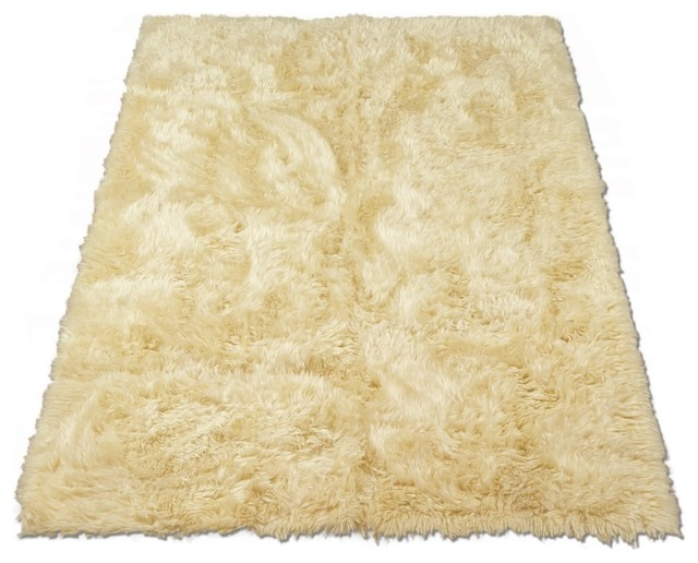 "Classic Sheepskin Ivory Rectangle Faux Fur Rug (28""x43"") rustic-rugs"