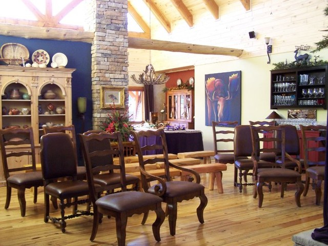Roquemore Residence family-room
