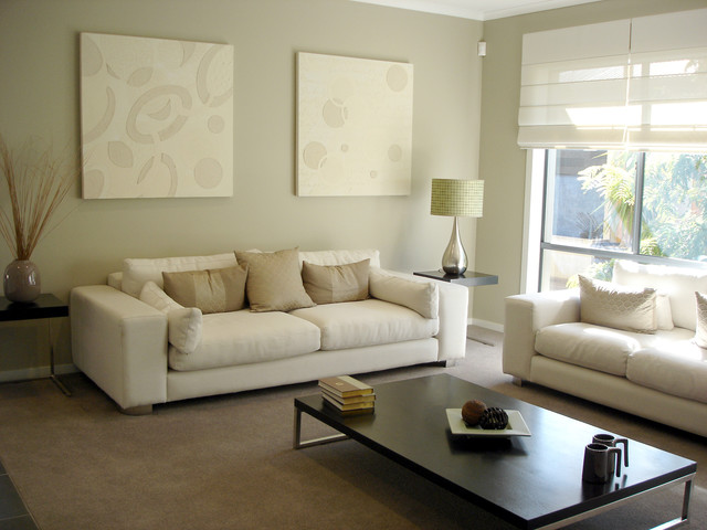 Roman Shade | Contemporary Living Room | Off-White | Natural Accents contemporary-window-blinds