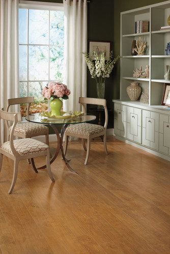 Veresque® - Varnished Bay Maple - U1499 traditional-dining-room