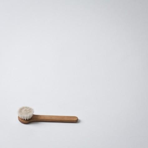 Contemporary Bathroom Accessories by Mjölk