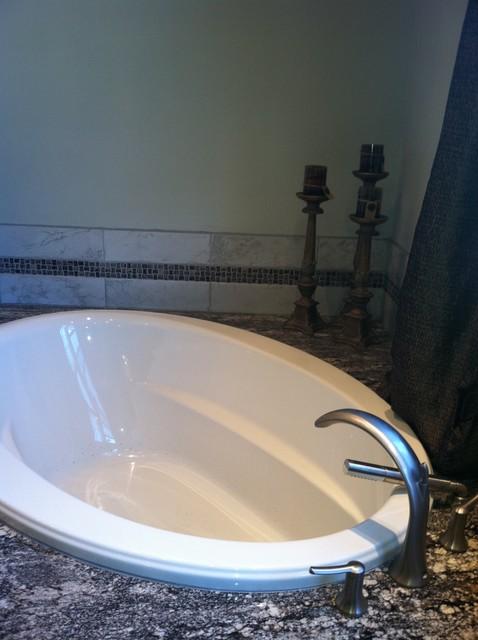 SaundersDesign traditional-bathroom