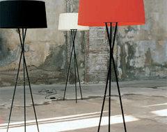 Tripode Floor Lamp | YLighting modern-floor-lamps