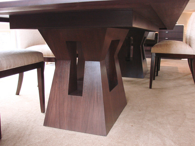 Long dining table base view contemporary furniture for Long contemporary dining tables