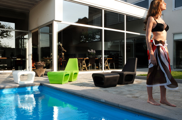 Poolside with Quinze & Milan Jellyfish House Chair and Ottoman modern-pool