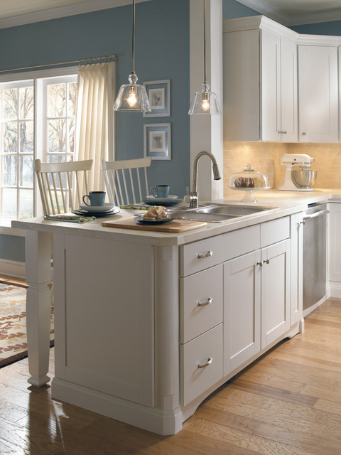 Aristokraft Cabinetry traditional