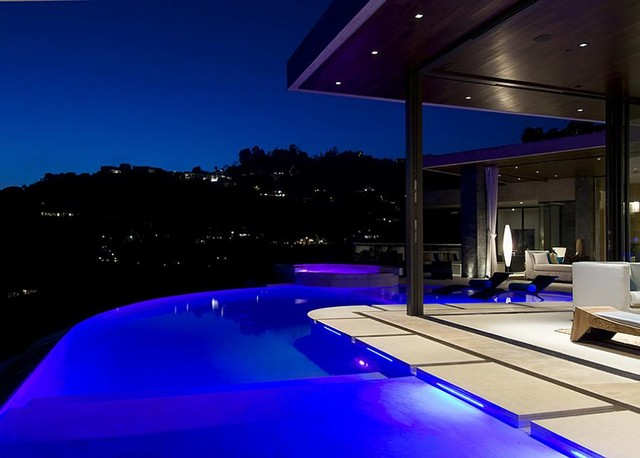 bill gates pool