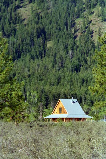 Methow Valley Cabin eclectic-exterior