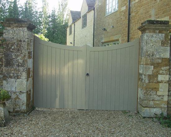 Entrance Gates - Britannia Joinery