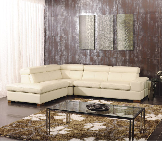 Noelia italian leather sectional sofa modern sectional for Modern sectional sofa in los angeles