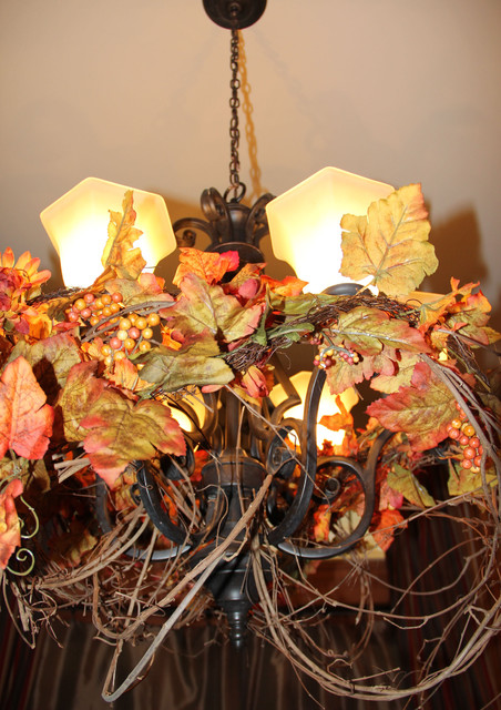 Rustic Grapevine Chandelier traditional