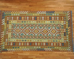 Kilim Qasqagi traditional carpet flooring