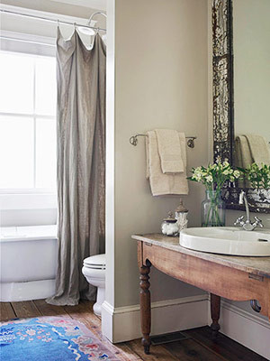 Smart, Stylish Small-Bathroom Designs traditional