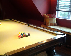 Pool room under the roof traditional 